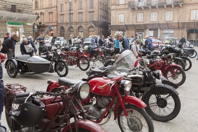 moto_piazza_libertà_tolentino